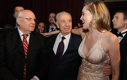 Shimon-and-Sharon-Stone.jpg