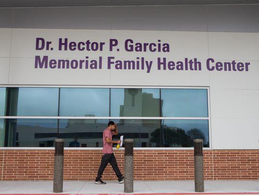 Hector-P.-Garcia-clinic-003.JPG