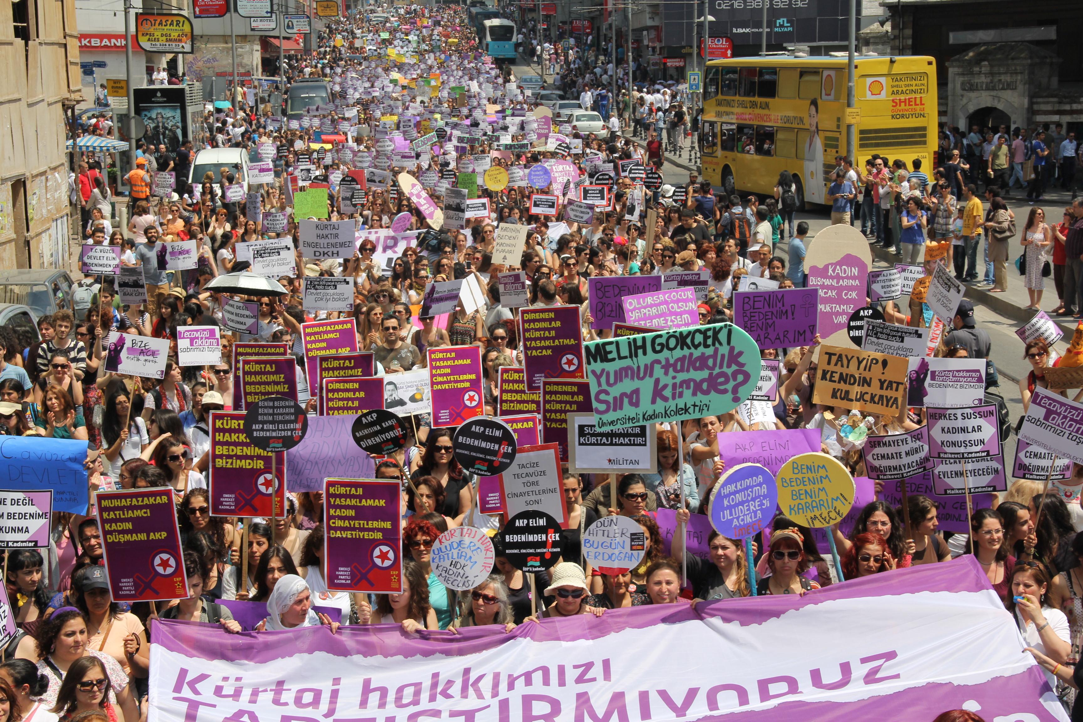 Sosyalist_Feminist_Eylem.jpg