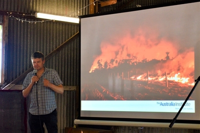Mark Ogge speaks to the Kuttabul community fire forum