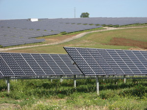 solarpowerplantserpasmall.jpg