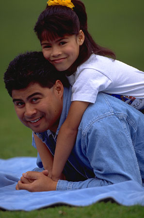 hispanic_father_and_daughter.jpg