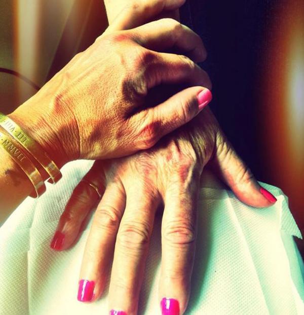 barbs-mum-hands-600.jpg
