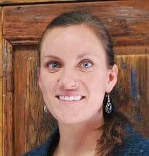 Bianca-headshot-006-e1293141687412-560x310.jpg