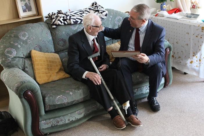 pensioner_PR1.jpg