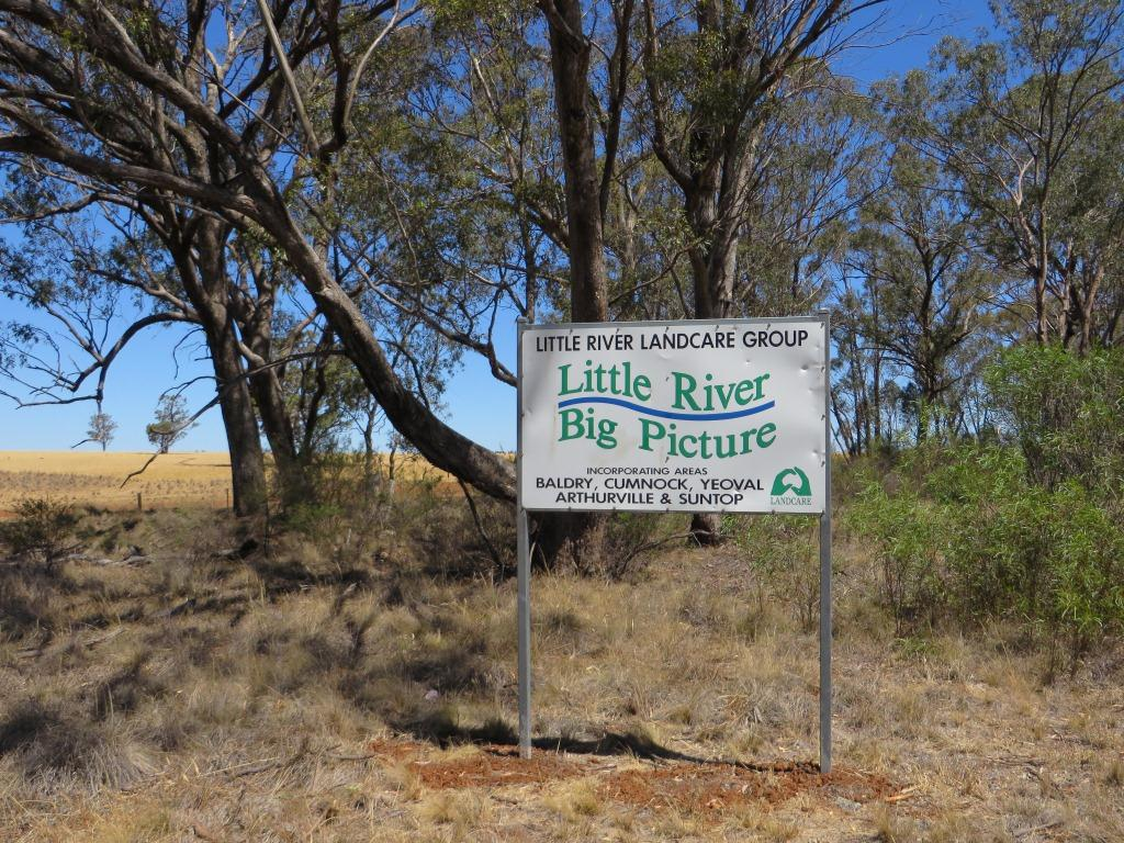 Little_River_Landcare_sign_2.jpg