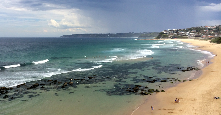 Newcastle_coastline_looking_south_crop720.jpg
