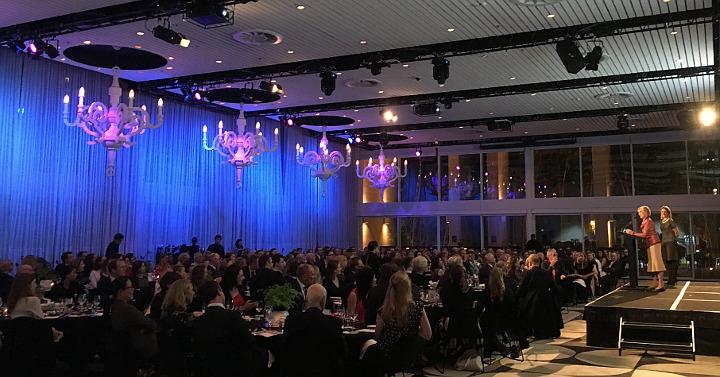 Wendy Bowman addresses the Gala Dinner