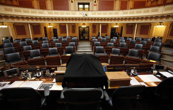 house_of_delegates_floor.jpg