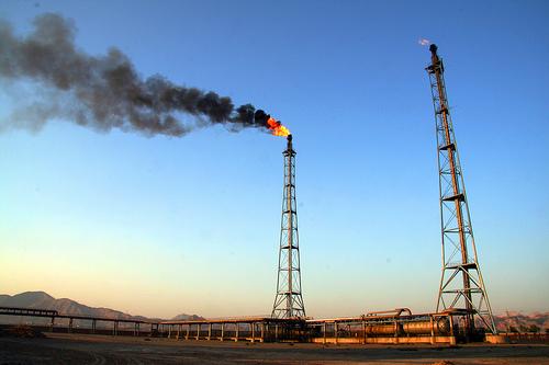 Natural_gas_flaring_1.jpg