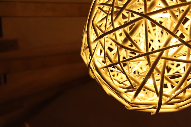 light-640768_640.jpg