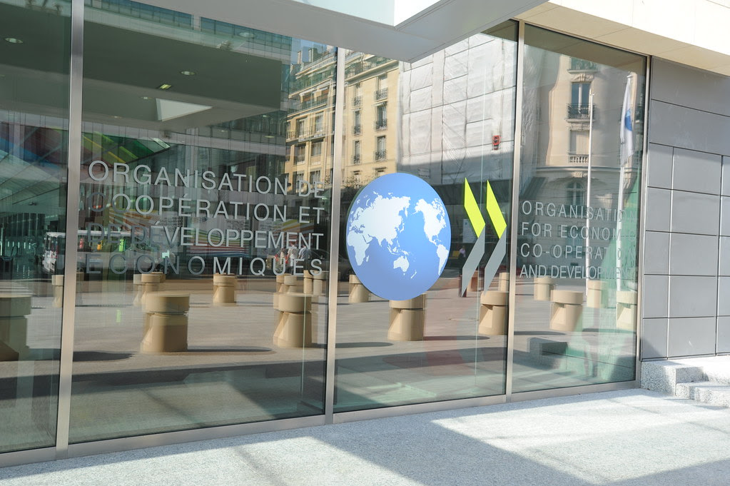 Glass doors with the OECD logo