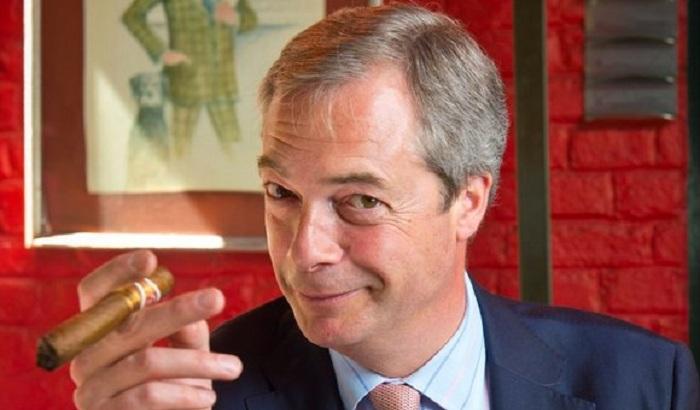 Nigel-Farage-MEP-cigar-700x410.jpg