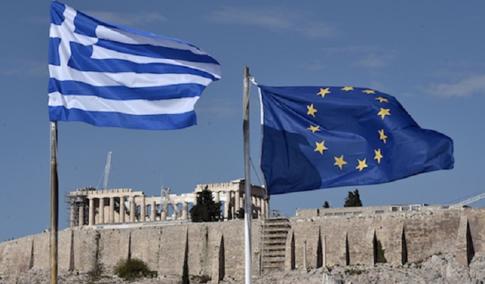 Greece-EU-flags.jpg