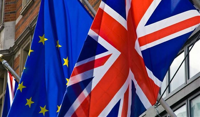 UK-EU-flags-Sep-2015-700x410.jpg