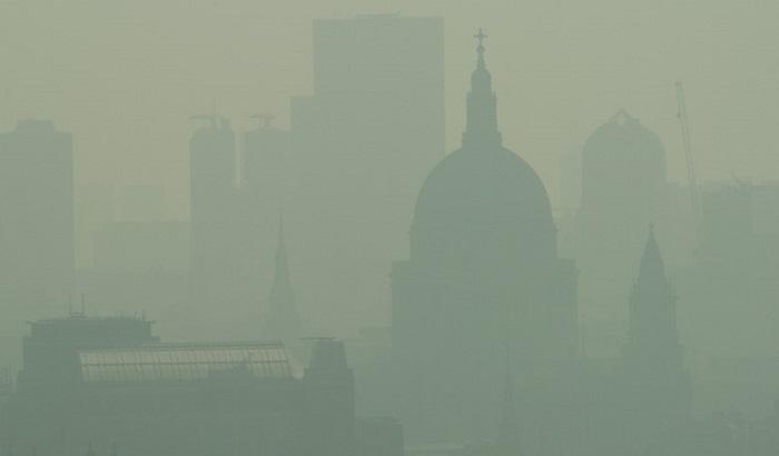 Air-pollution-over-London-700x410.jpg