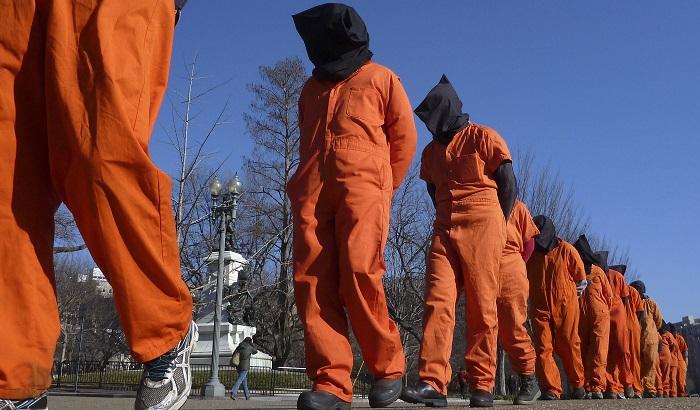 Gitmo-torture-UKIP-jumpsuits-700x410.jpg