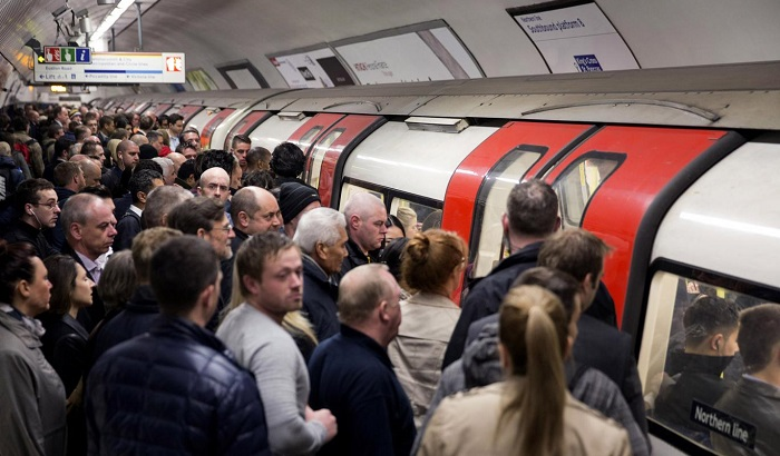 Congestion-on-the-tube-700x410.jpg