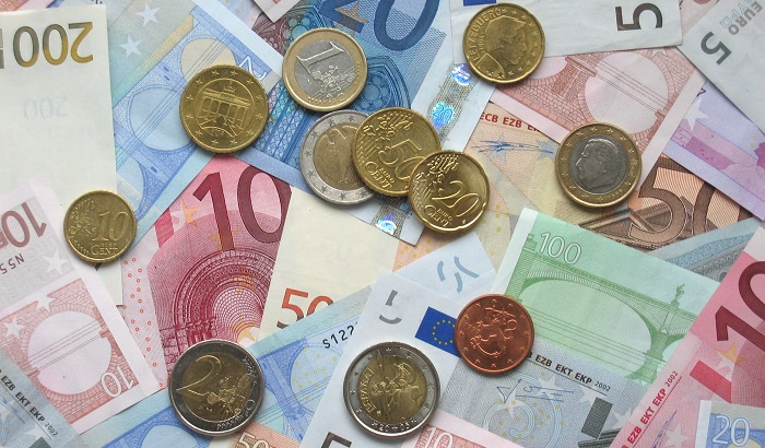 Euro-notes-and-coins-700x410.jpg