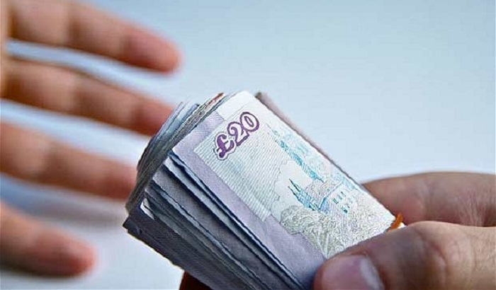 Cash-in-hand-700x410.jpg