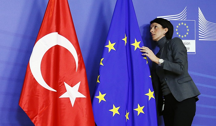 Turkey-EU-flags-700x410.jpg