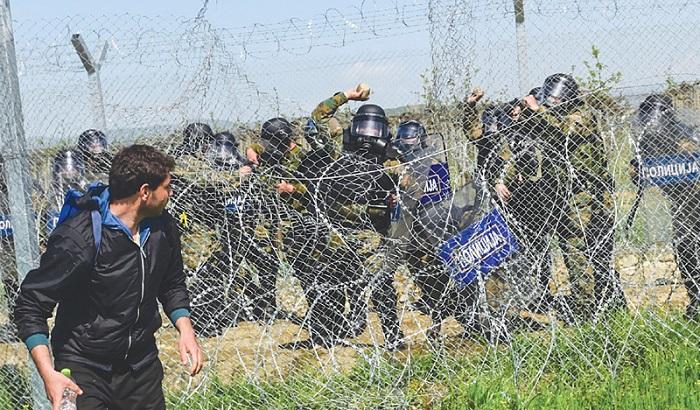 Greece-Macedonia-border-700x410.jpg