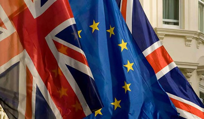 UK-EU-UK-flags-2016-700x410.jpg