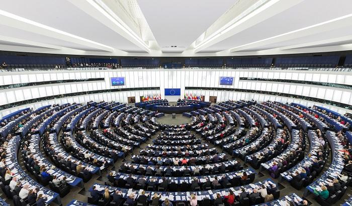 European-Parliament-Strasbourg-Hemicycle-2016-700x410.jpg