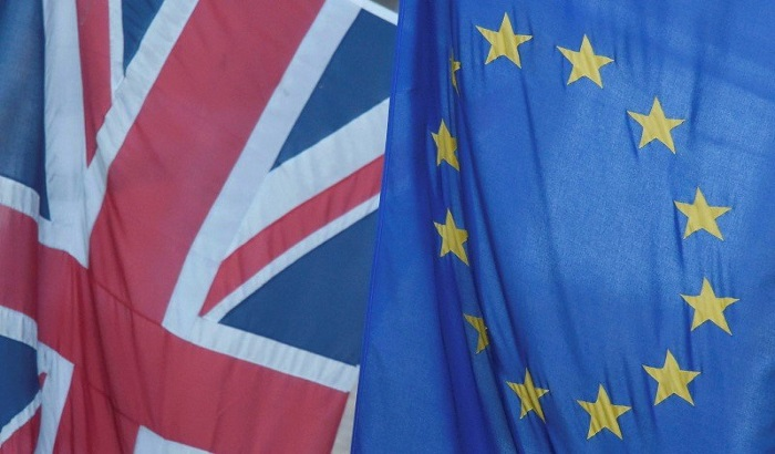 UK-EU-flags-03-10-16-700x410.jpg