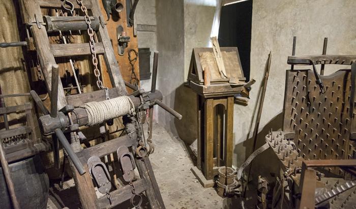 Torture-equipment.jpg