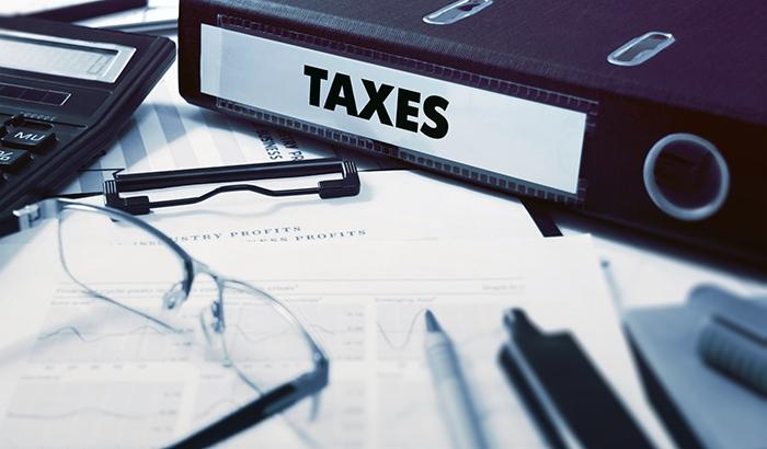Folder-of-tax-files.jpg