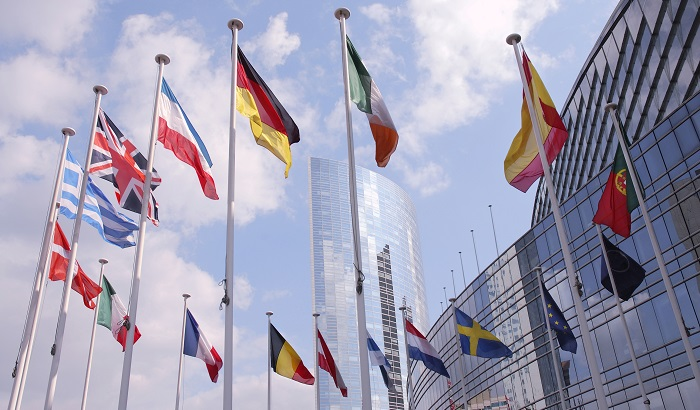 Strasbourg-EP-flags-700x410.jpg