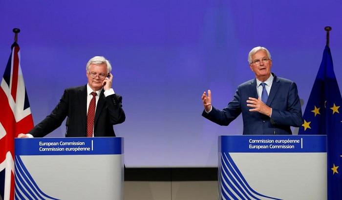 David-Davis-Michel-Barnier-700x410.jpg