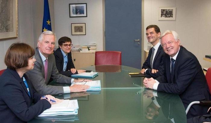 David-Davis-Brexit-meeting-700x410.jpg