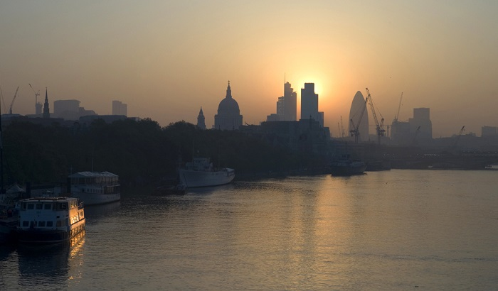 Air-pollution-City-sunrise-700x410.jpg