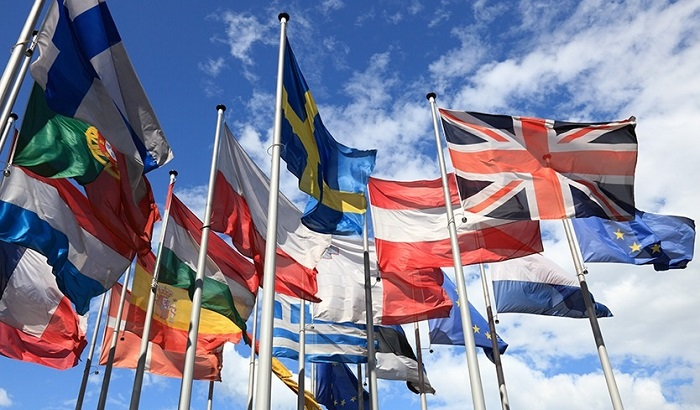 EU-flags-flying-700x410.jpg