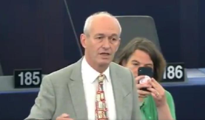 Richard-Corbett-MEP-Ursula-von-der-Leyen-EP-debate.jpg