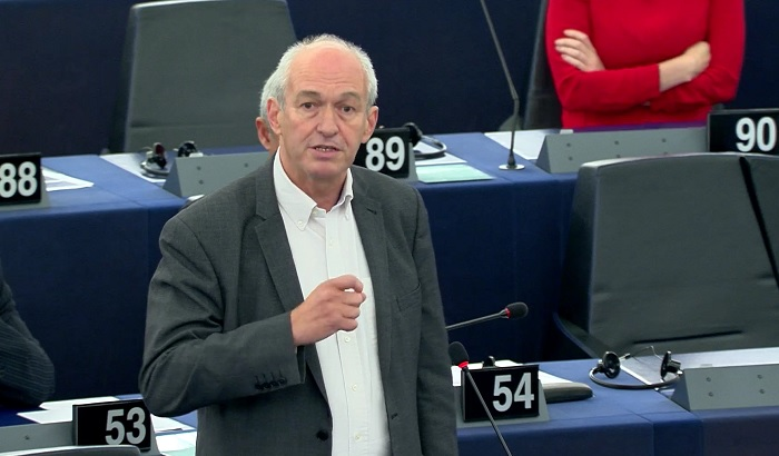 Richard-Corbett-MEP-plenary-700x410.jpg