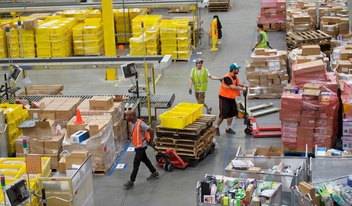 Platform-Workers-700x410.jpg