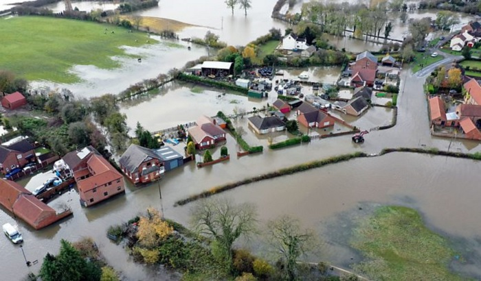 Yorkshire-floods-700x410.jpg