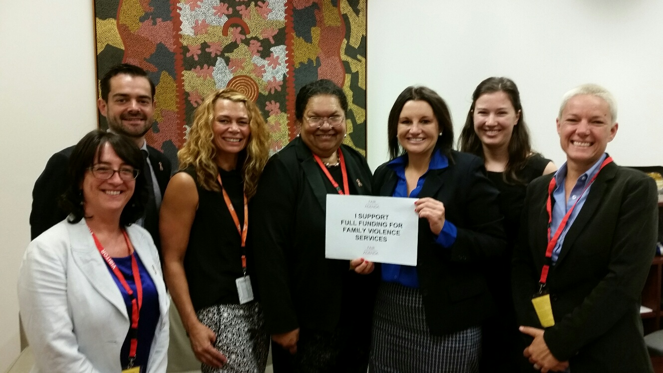Experts meet with Jacqui Lambie