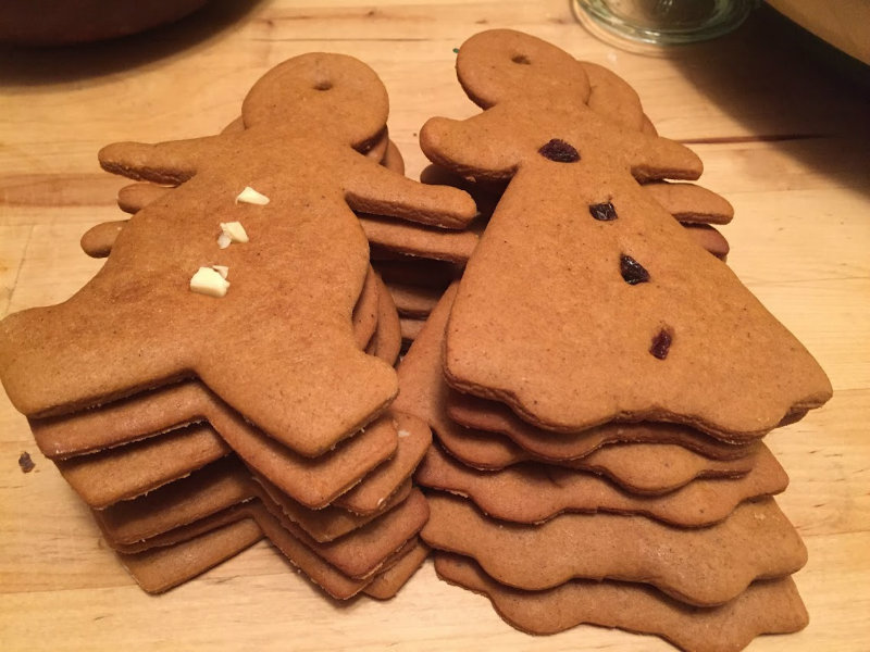 ginger_bread_men_and_women!.jpg