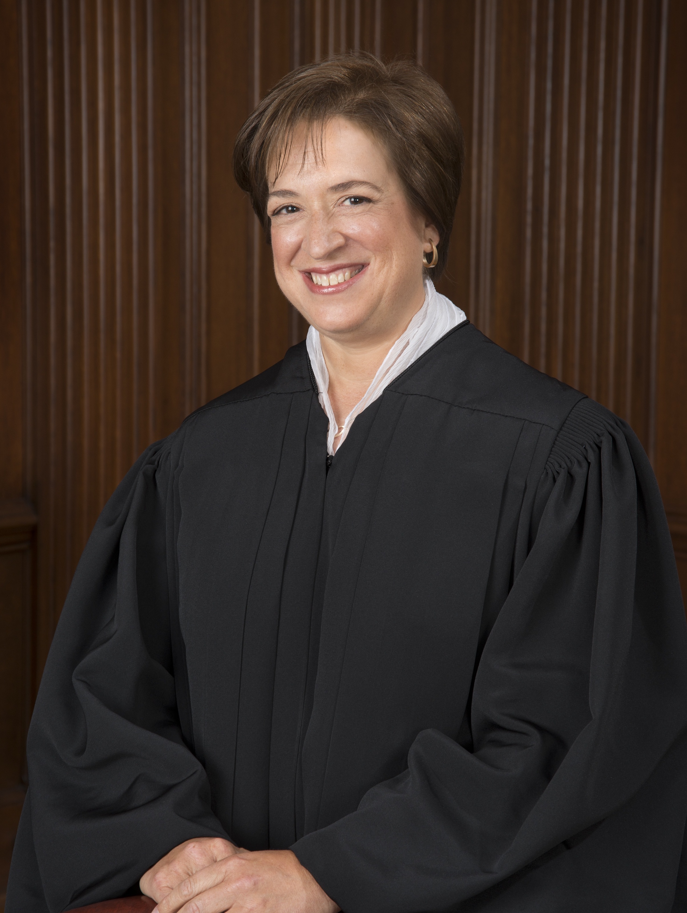 Elena_Kagan_Official_SCOTUS_Portrait_(2013).jpg