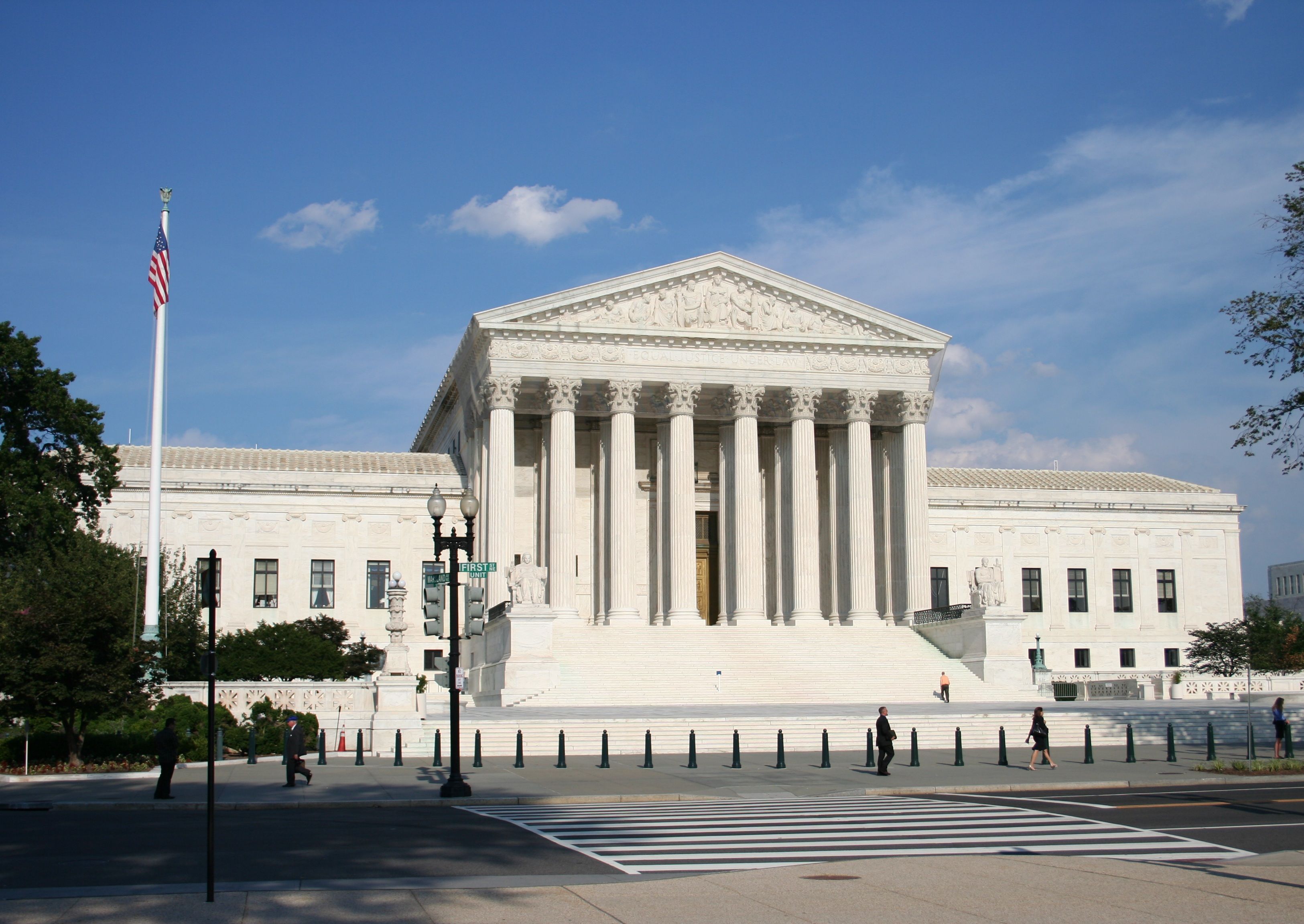 A report from inside the Supreme Court hearing on partisan gerrymandering and meeting Arnold Schwarzenegger