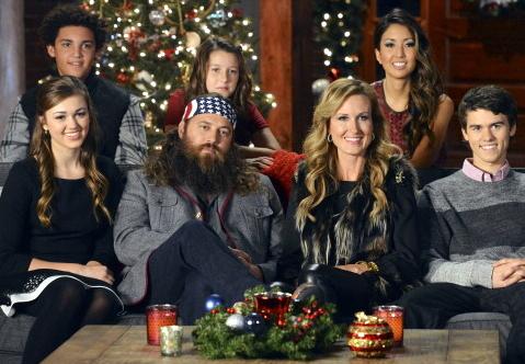 willie-robertson-kids-wife-korie-robertson-christmas-gi.jpg