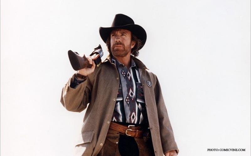 Chuck_Norris_Walking.jpg
