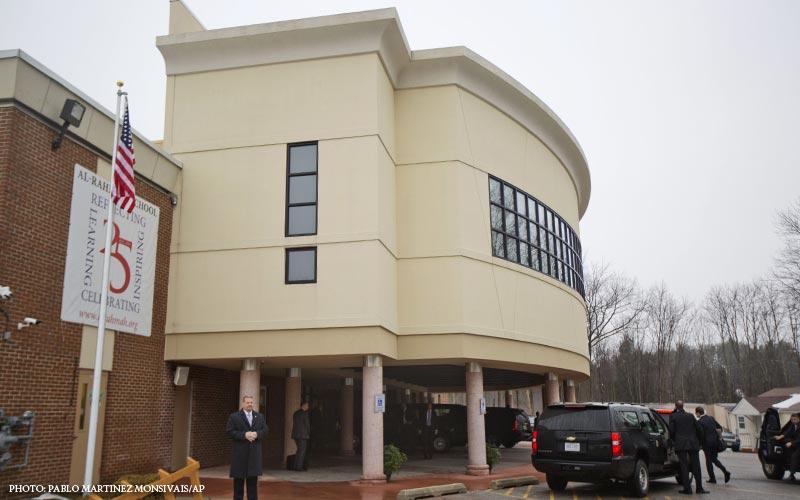 Obama_Mosque_Visit.jpg