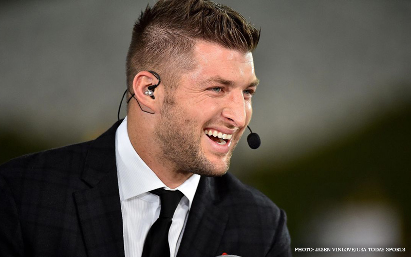 Tim_Tebow_Speaking.jpg