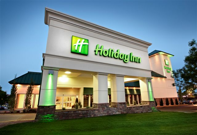 holiday-inn-calgary-macleod.jpg