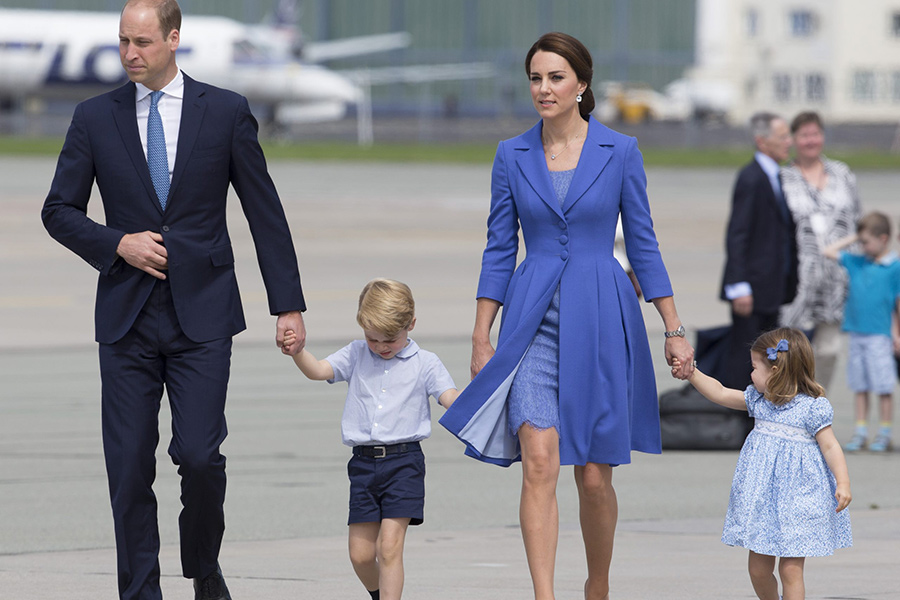 aa9700037 Duchess Kate Middleton Shows Off Baby Bump in Royal Outing - Faith ...